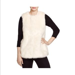 Vince camuto: Collarless Faux Fur Vest
